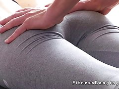 Fresh blonde felt very relaxed after her yoga class, so she decided to fuck her trainer